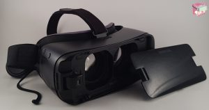 Samsung Gear VR Headset and Controller, FalseDogs