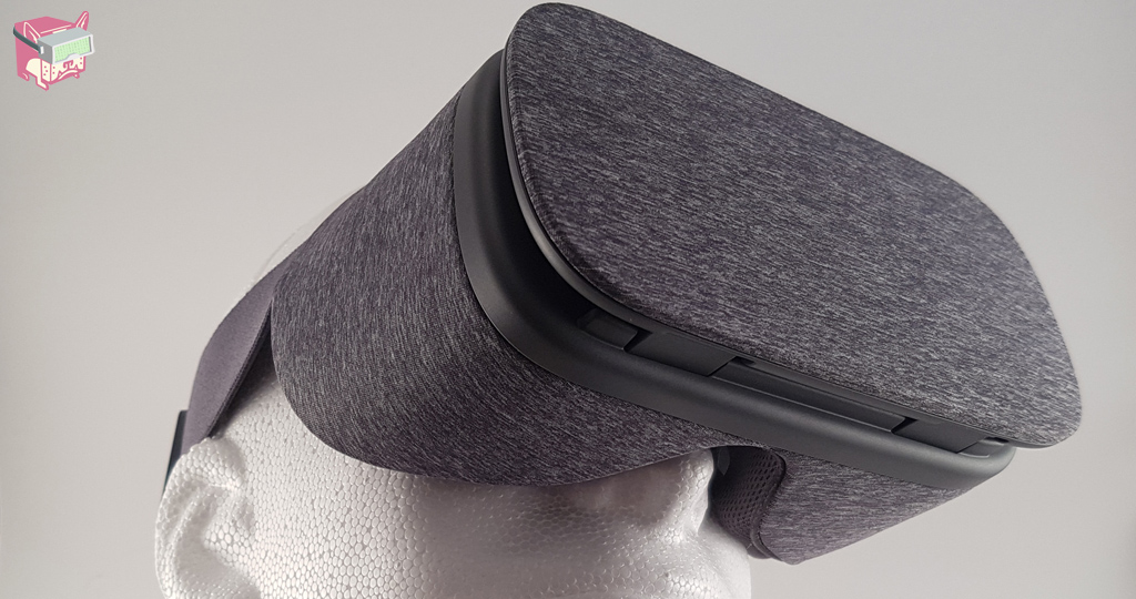 Google Daydream View Review - Daydream View Headset, FalseDogs